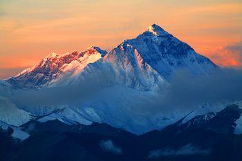 【拉萨出发】羊卓雍措、扎什伦布寺、珠峰大本营等纯玩5日跟团游*纳木错与世界之巅之旅-美团