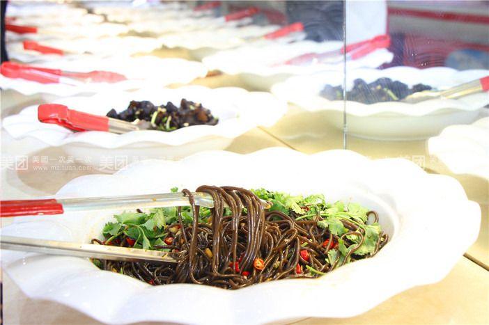 锁,健康食材,品种多样,红酒、水果、寿司、饮料、尽情享用,全体图片