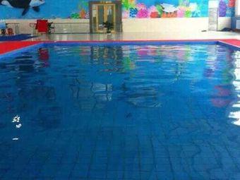 华凯之光游泳馆