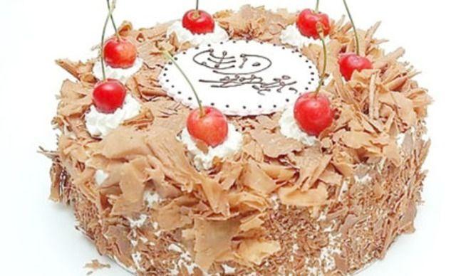 8英寸黑森林巧克力蛋糕1个,美味共分享