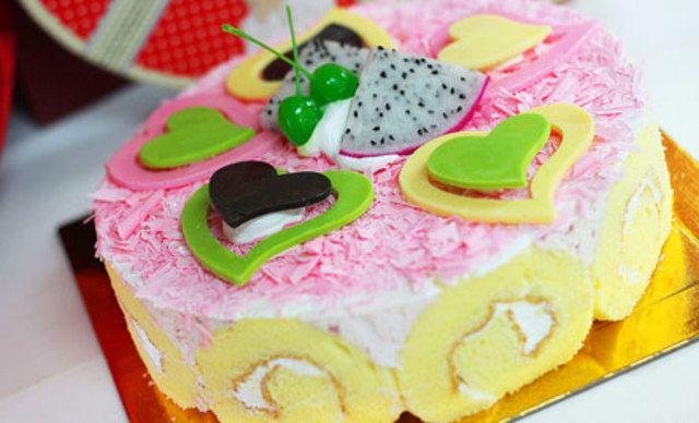 8寸蛋糕3选1,爱的相约,心随动~