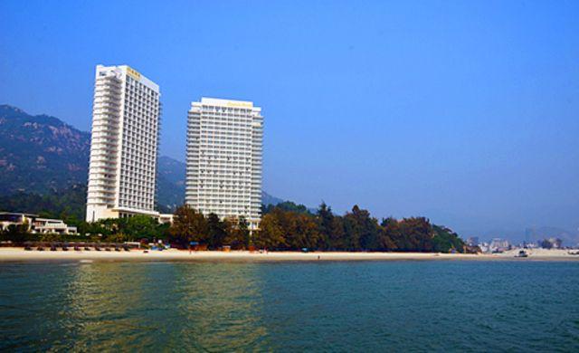 巽尞湾凤池岛旅游度假村贵族体验,一线海景房,双人海鲜自助晚餐