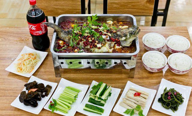 4人烤鲶鱼套餐,美味齐分享,欢乐共享