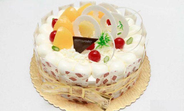 12寸蛋糕1个,可免费写字6个
