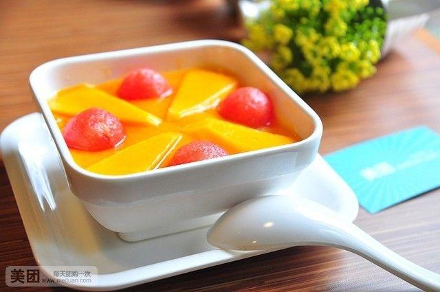 美食团购 甜点饮品 蜜苏里甜品   鲜杂果西米露(椰汁/芒汁)