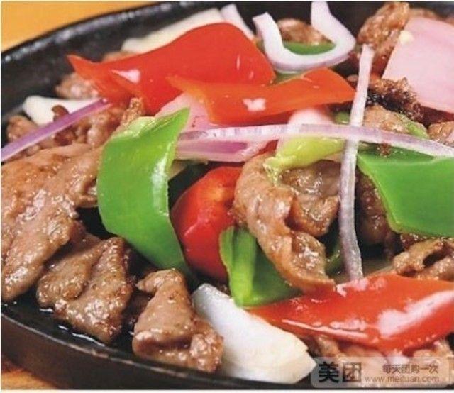 牛腩牛肉洋葱西红柿铁板入秋开胃图片