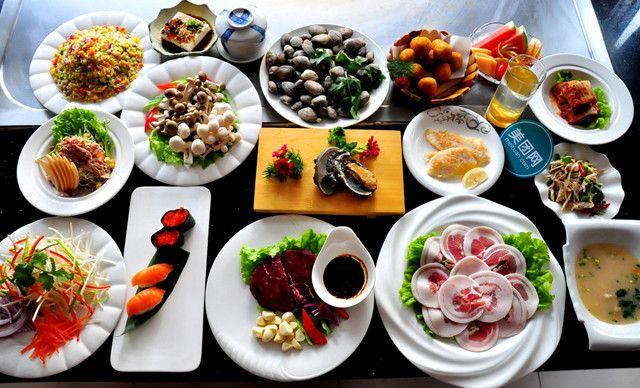 仅售98元 价值555.5元的山东国际饭店单人餐,赠送精美水果拼盘 香