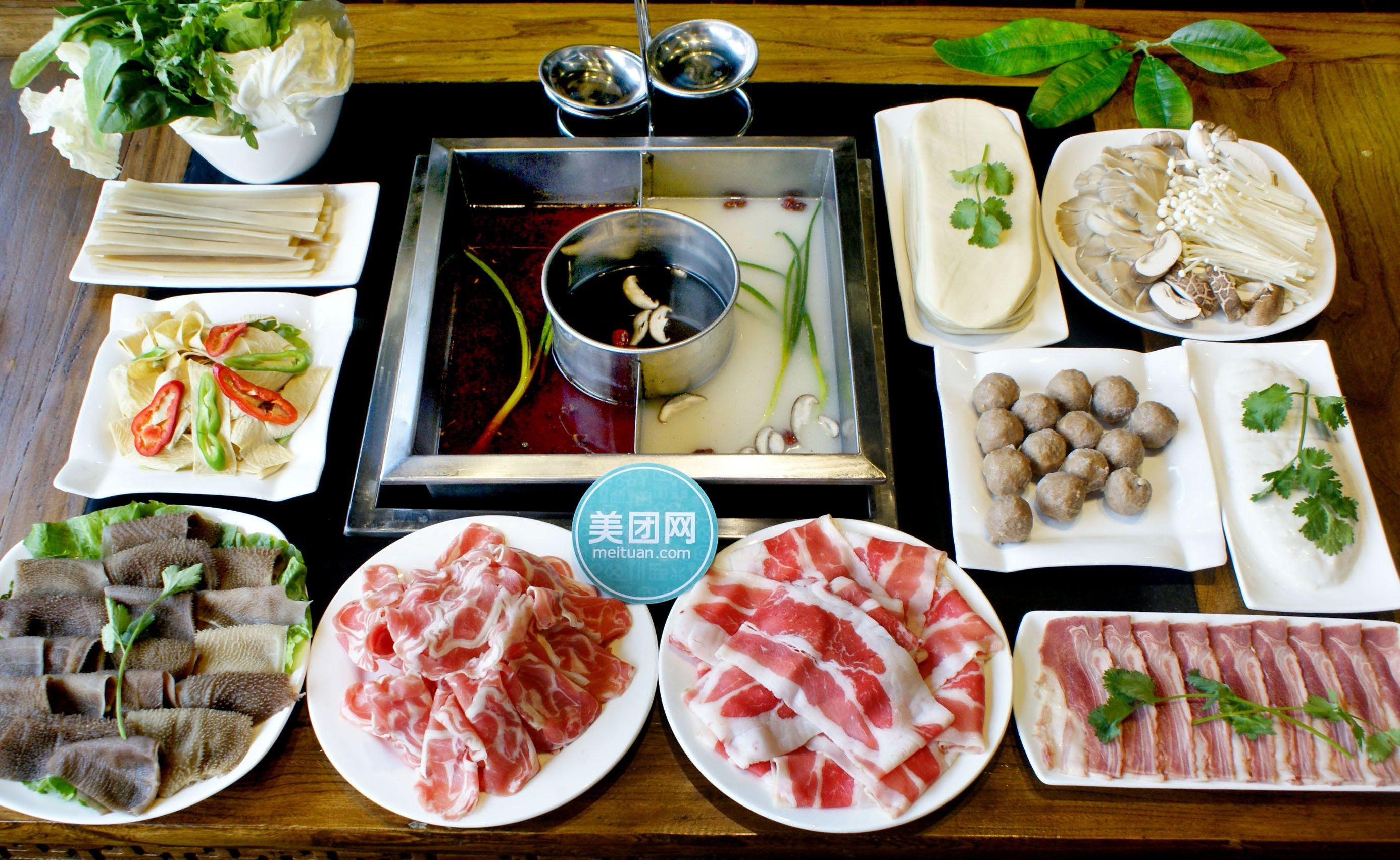 4-6人火锅套餐,商家提供免费WiFi,不限量免费供应果汁