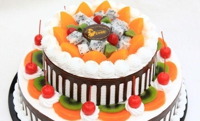 12+8英寸双层蛋糕5选1。提供免费WiFi