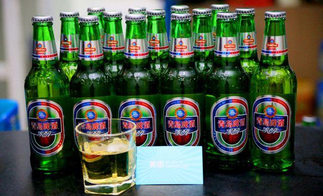 芭比酒吧青岛啤酒套餐,仅售98元!价值558元的芭比酒吧青岛啤酒套餐,提供免费WiFi,4位及以上女士,送苏格兰原装杰克伯爵威士忌1瓶+加4瓶软饮。分享美味,分享幸福,欢乐尽在其中,嗨翻全场。