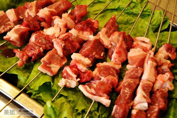 烤羊肉大串丰臀中国高大美女图片