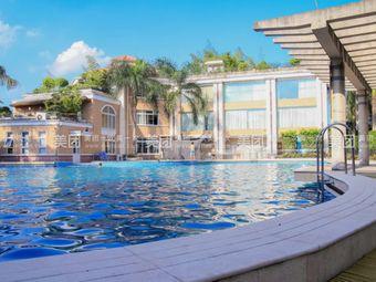 丹霞名城游泳池