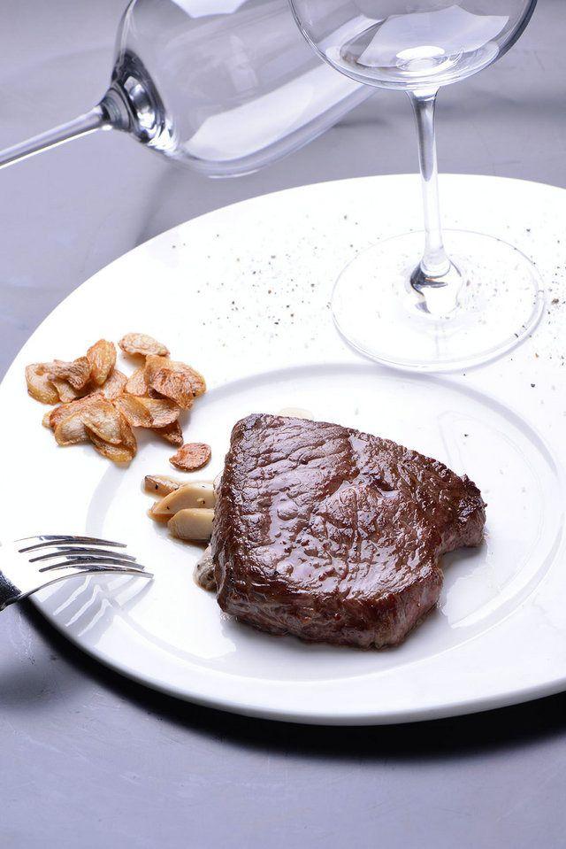 法式红酒牛排双人餐,提供免费WiFi
