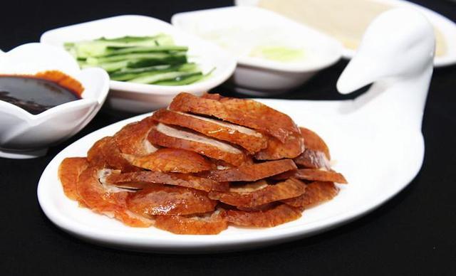 【北碚城南】村知蔬江湖体验馆烤鸭双人餐,提供免费WiFi