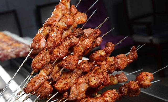 :长沙今日团购:【老北京涮羊肉羊蝎子】2-4人烧烤套餐,提供免费WiFi