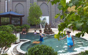 【顺义区】花水湾磁化温泉度假村含两餐温泉票(成人票)-美团