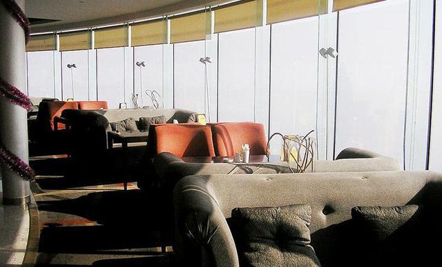 【航天桥】中央电视塔空中观景旋转餐厅自助晚餐,提供免费WiFi