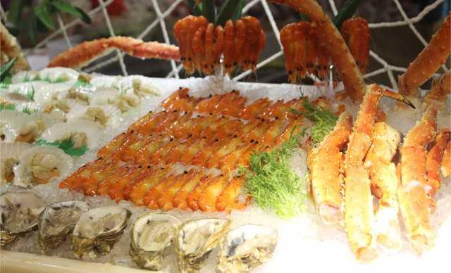 :长沙今日团购:【豪布斯卡酒店池畔西餐厅】双人午餐,提供免费WiFi