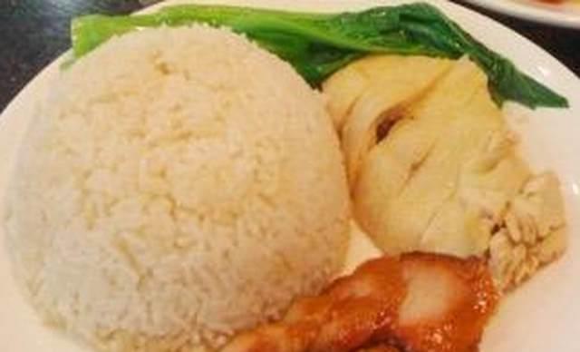 :长沙今日团购:【洪文龍烧腊快餐】鸡拼叉烧饭1份,提供免费WiFi