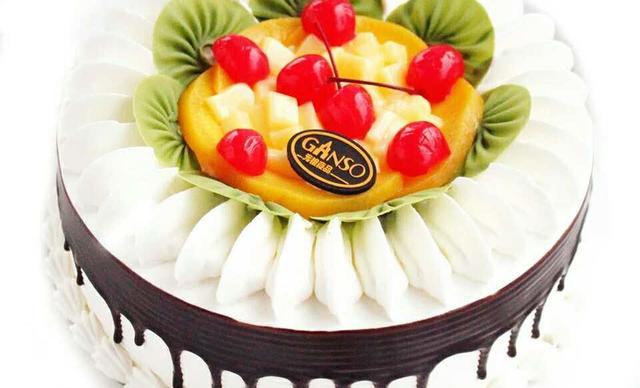 几几相约烘焙室水果蛋糕,仅售118元!价值169元的水果蛋糕1个,约10英寸,圆形。
