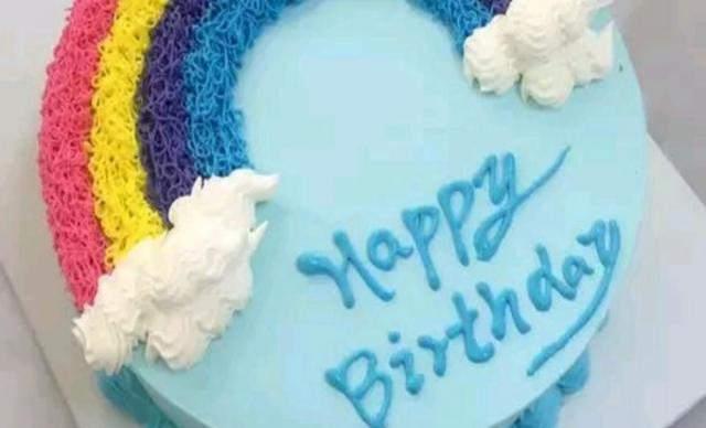 :长沙今日团购:【香韵儿蛋糕】彩虹水果夹心蛋糕1个,约8英寸8,圆形