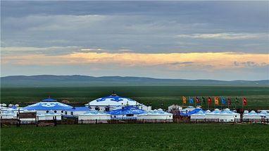 【新巴尔虎左旗】巴尔虎蒙古部落大型马上竞技表演-马之舞成人票-美团