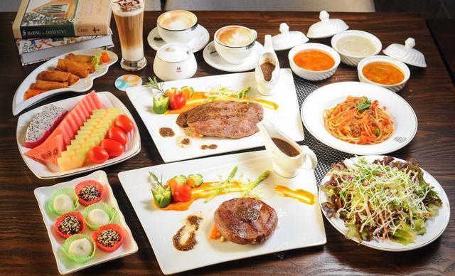 :长沙今日钱柜娱乐官网:【科斯塔法式西餐】牛排/主食6选3,建议3人使用,提供免费WiFi