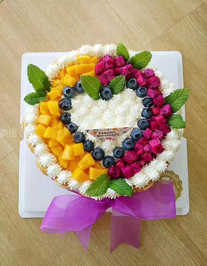 diy 水果爱情鲜奶蛋糕(动物奶油)