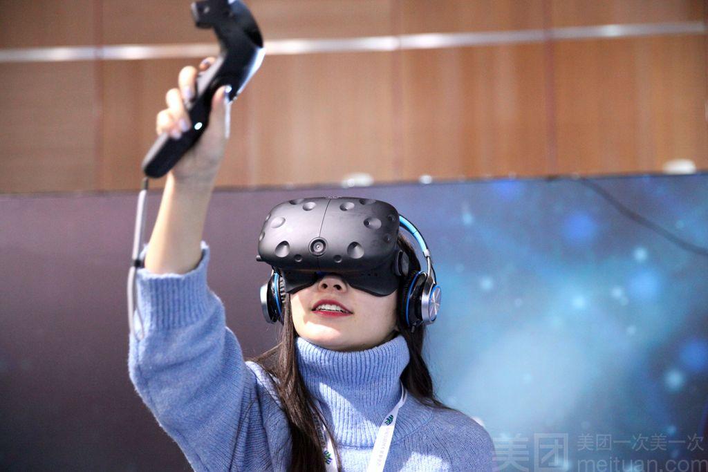 VR视界(虚拟现实游戏体验馆)(万达广场店)-美团