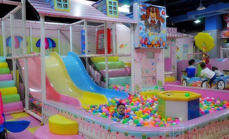 小玩家室内儿童游乐园