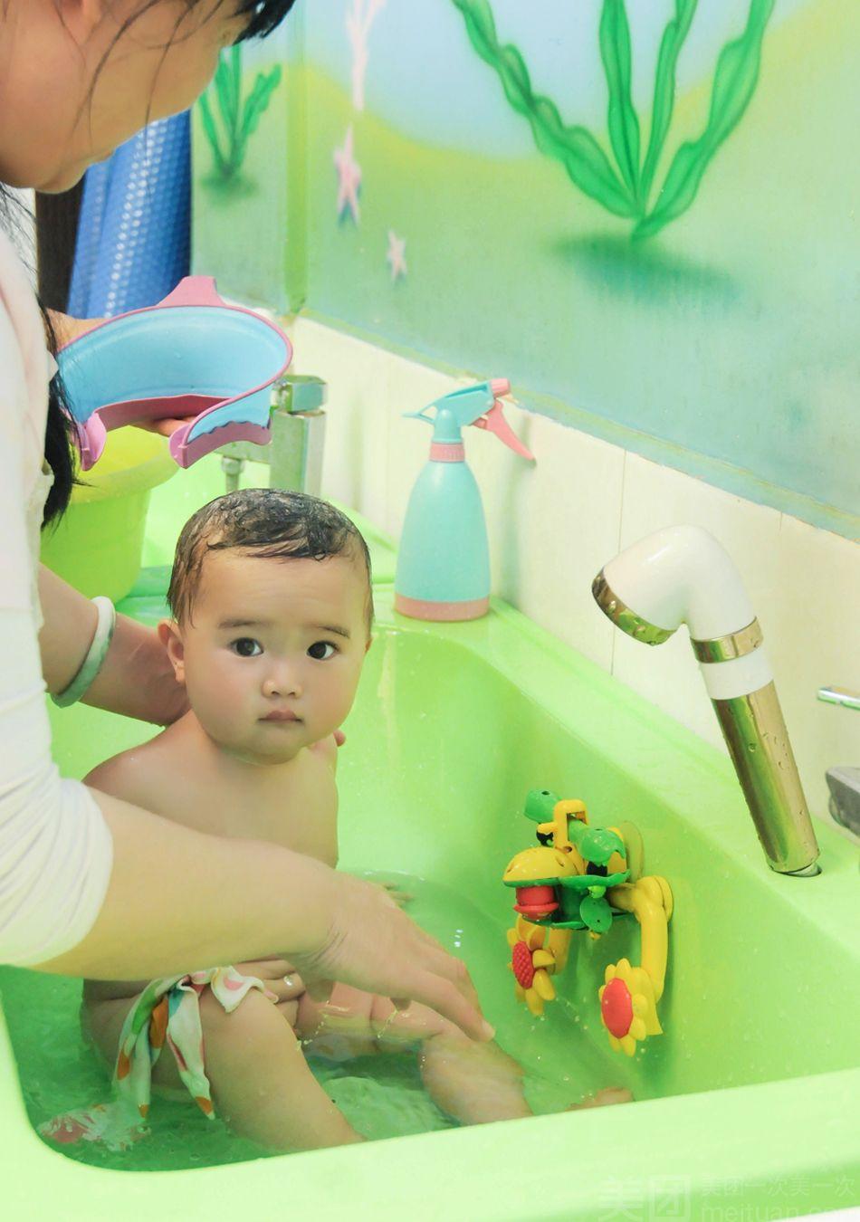 :长沙今日团购:【爱多多婴幼儿游泳馆(婚庆园高岭店)】单人婴幼儿洗澡一次