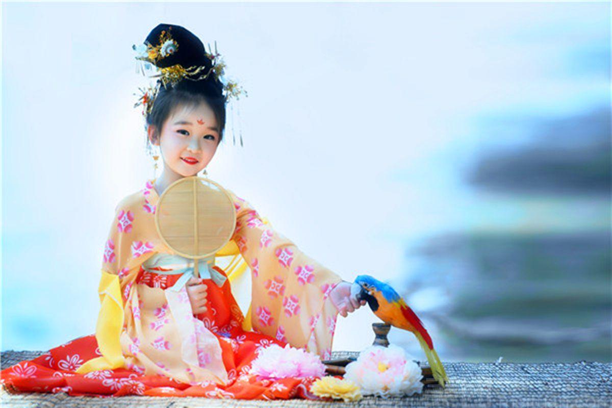 【方妃古装摄影会馆】儿童经典古装写真套餐