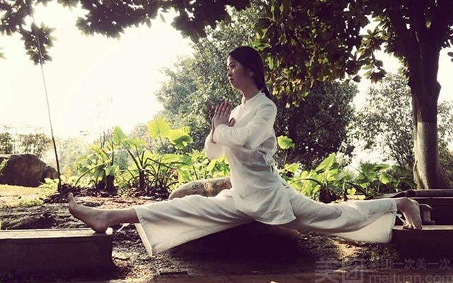 灵伽瑜伽-美团