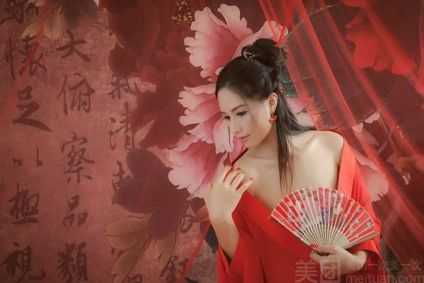 伊莎贝尔婚纱摄影(建设路店)-美团