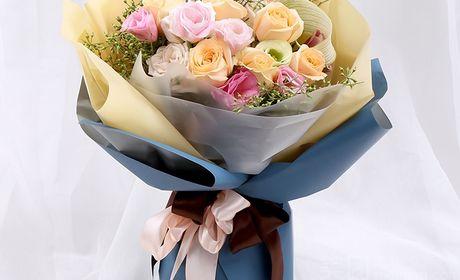韩式包装11支玫瑰鲜花花束湖口县城免费送上门怎么样 团购韩式包装