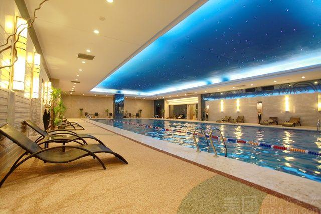 阿尔卡迪亚国际酒店水一方游泳馆-美团