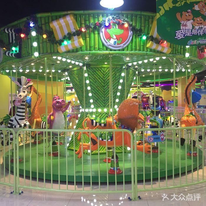 森林精灵儿童游乐园