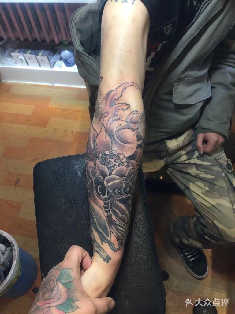 [大十字] 窒息刺青纹身工作室