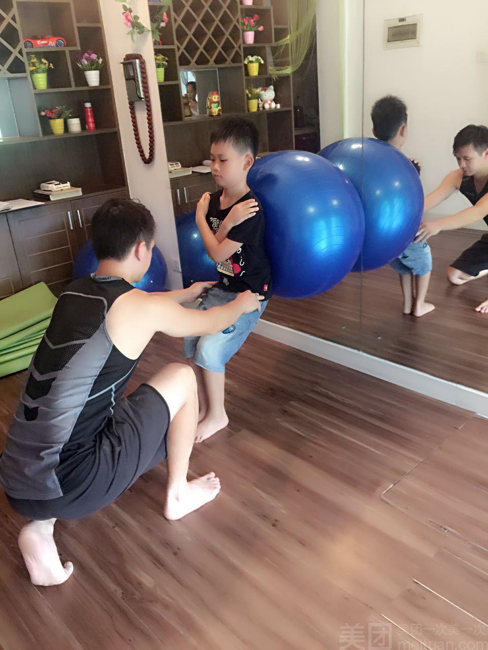 伽怎么样_团购馨悦瑜伽-单人青少年体能训练脊