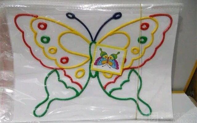 儿童手工区 纸盘小飞机画的制作步骤图 精品展台 粘贴