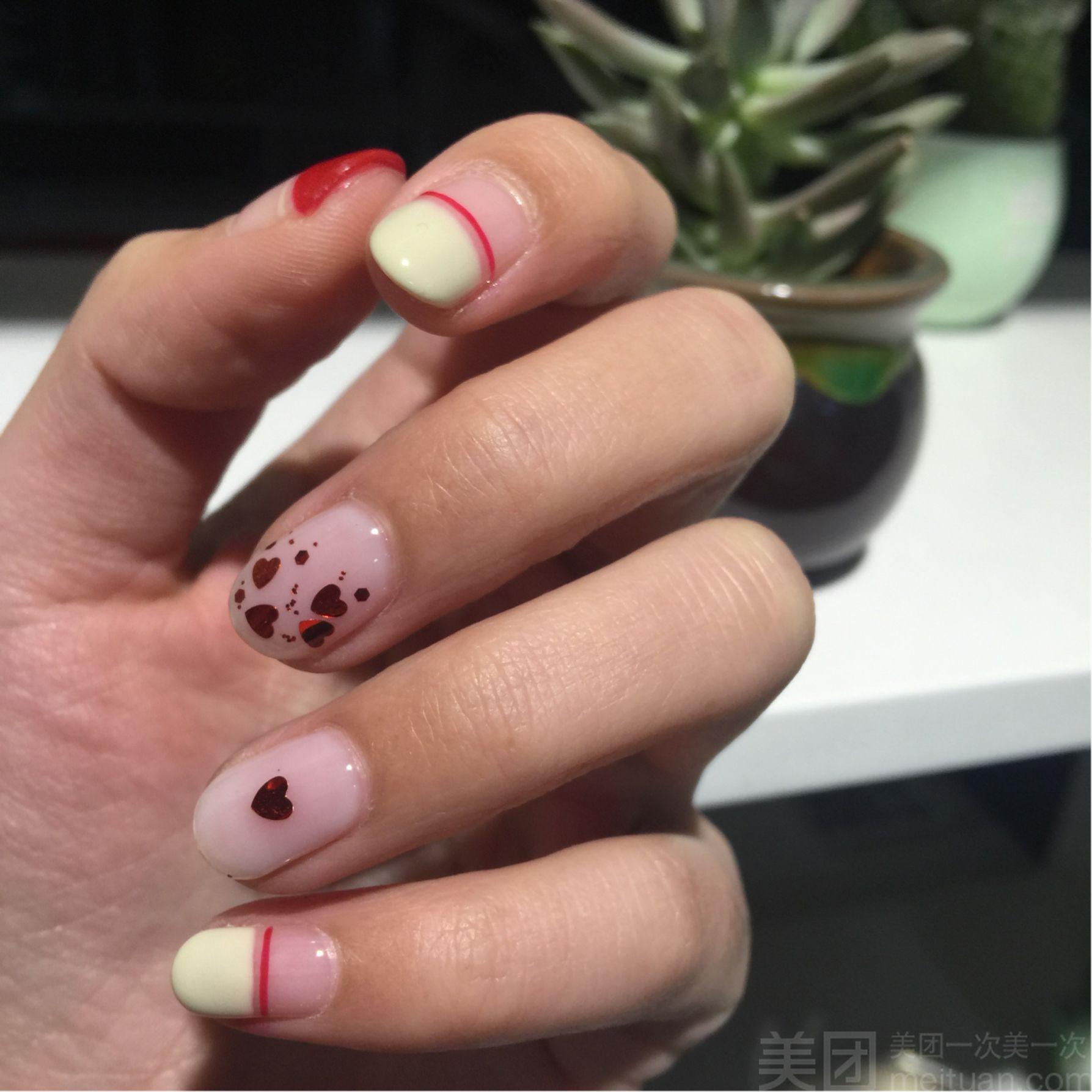 mickey nail-甲萌萌米奇主题美甲美睫馆