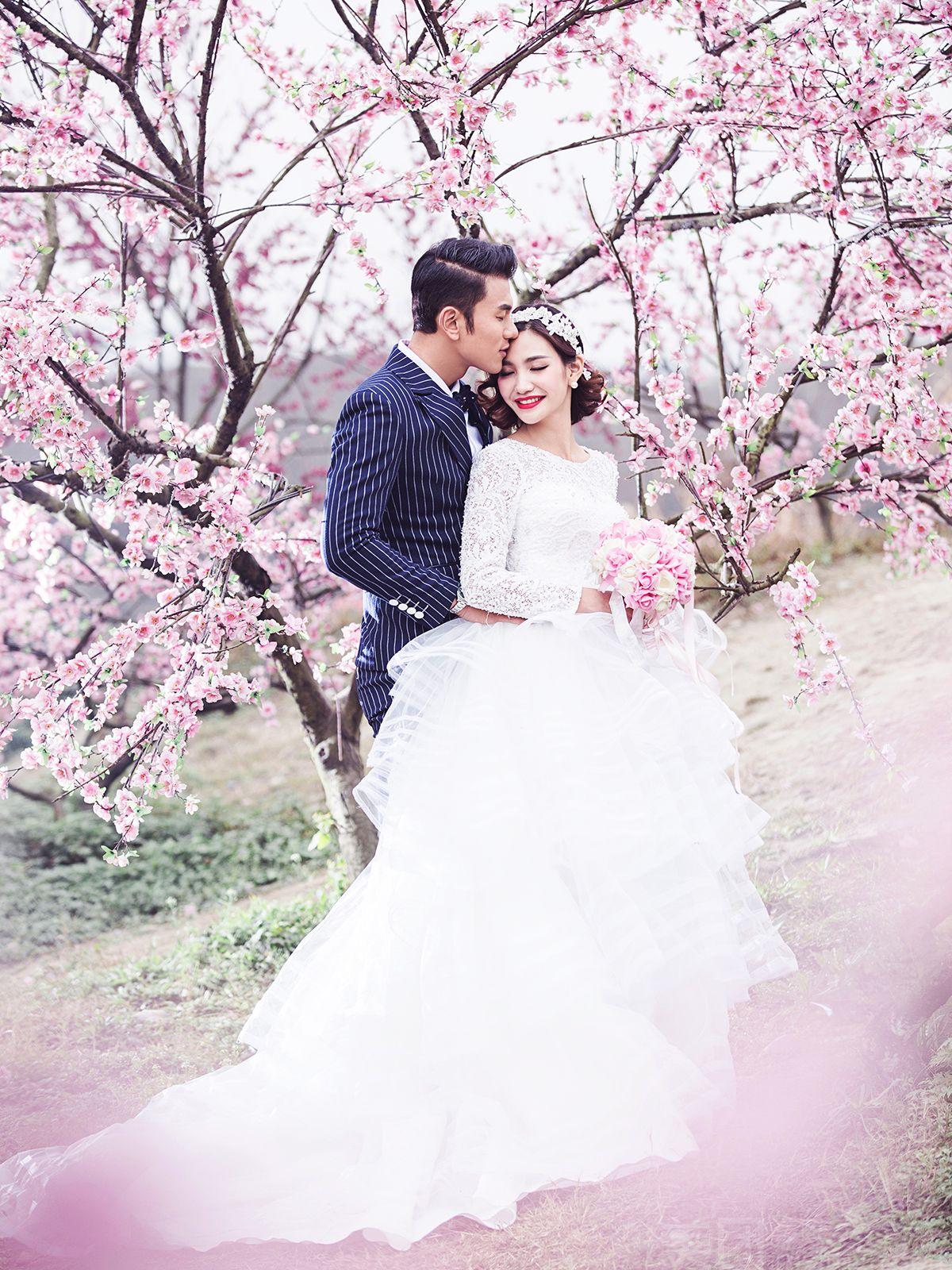 仓山区 红坊海峡创意产业园 简爱婚纱摄影工作室   10寸精美皮雕一幅