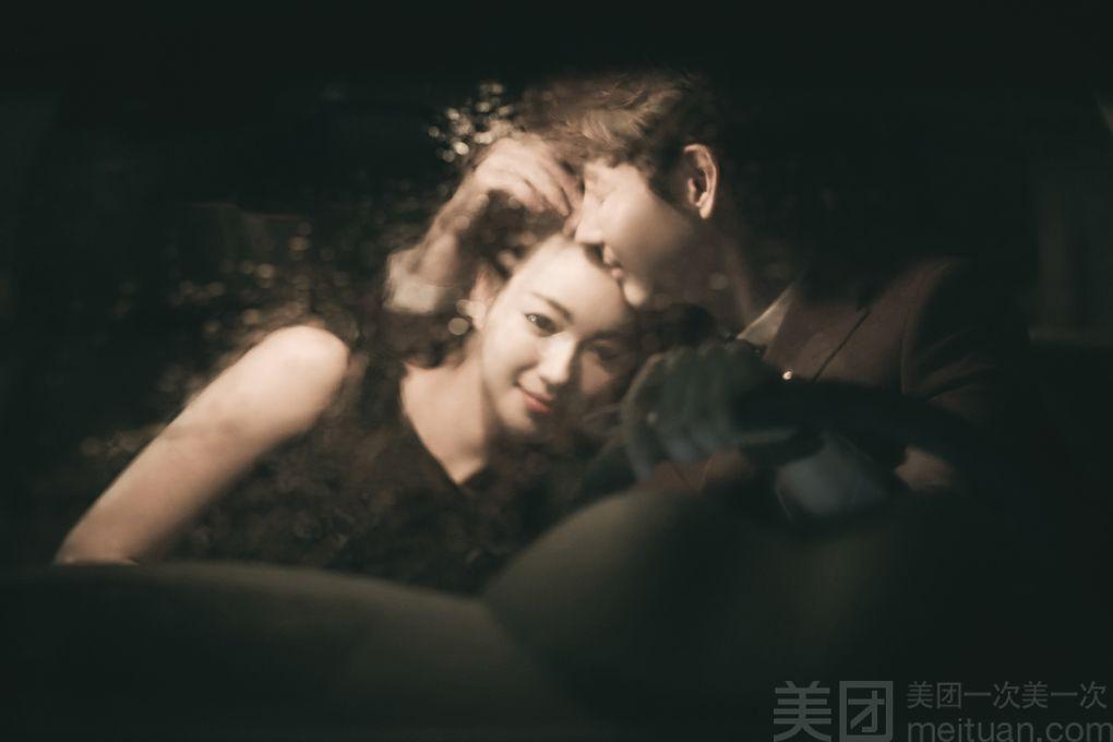 :长沙今日团购:【华纳影业婚纱摄影馆】高端个人写真/情侣主题订制套餐