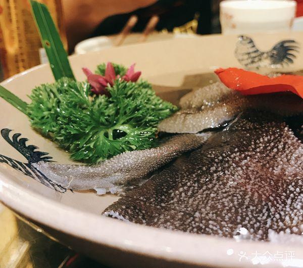十几秒钟 口感最佳   【虾滑】 现在的火锅店 如果你没有点摆盘花样