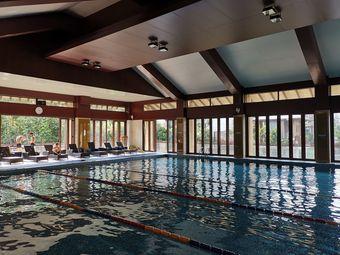 华发游泳健身会所
