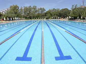 石排公园游泳馆