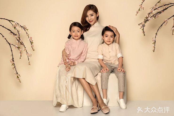 韩国hb亲子儿童摄影(大华巴黎春天店)