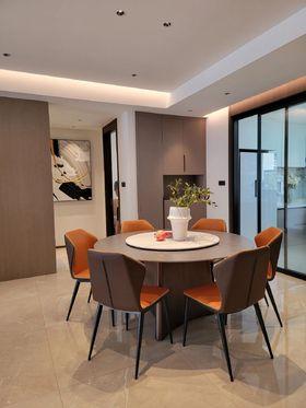 140平米三室兩廳現代簡約風格餐廳裝修效果圖