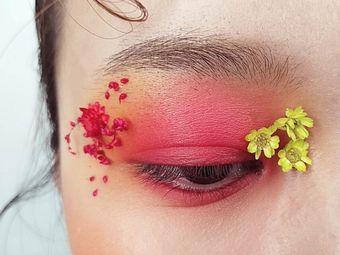 印尚妆点化妆造型培训