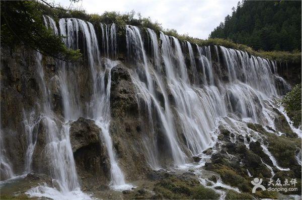 壁纸 风景 旅游 瀑布 山水 桌面 600_396